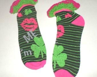 St Patricks Day Kiss Me Irish Socks - Crocheted Top Socks - Women's Anklet Socks - 4 Leaf Clover - Hot Pink Lips - Sparkly Socks - Size 9/11