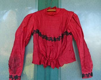 Edwardian Pintuck Blouse in Red & Black