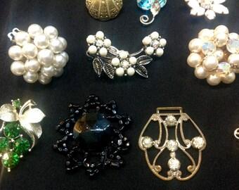 Lot of Vintage Jewelry Pieces, Findings, Broken or Single Earrings
