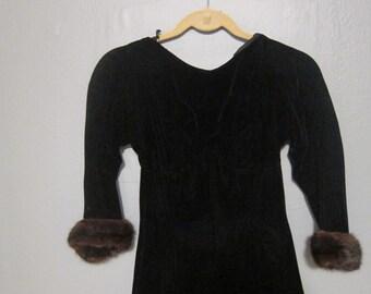 1950s Velvet 3/4 Sleeve Black Velvet Dress with Mink Cuffs XS