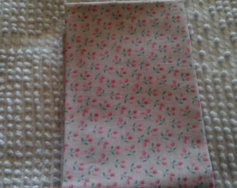 Vintage Cotton Quilt Fabric  Tiny Rose Buds on Pink
