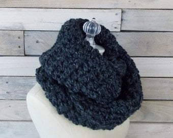 Infinity Scarf / Chunky Knit / Circle Scarf /  ~ Charcoal Gray ~ No. 1007