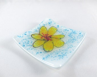 Yellow Flower Small Square 3 Inch Fused Glass Plate Ring Trinket Dish