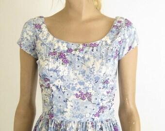 Vintage 40's/ 50's Floral Coton Day  Dress