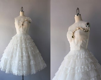 1950s Party Dress / Vintage 50s White Lace Strapless Dress / Ruffled Tulle 50s Prom Dress