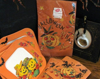 Vntage Halloween Collectible Party Table Supplies