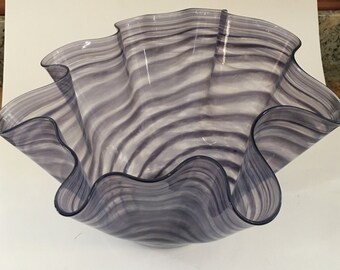 Blown glassLavender striped glass bowl, Chihuly style
