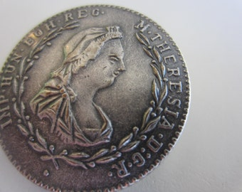 Vintage Button - 1 Collector molded pewter metal, Imp Hun Boh Reg M THERESIA D G R lady , extra large  ( nov 328b)