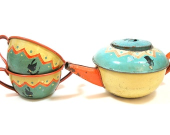 30s SILHOUETTE tin toy teapot by Ohio Art Co. Cream & sugar bowls with Shadows.