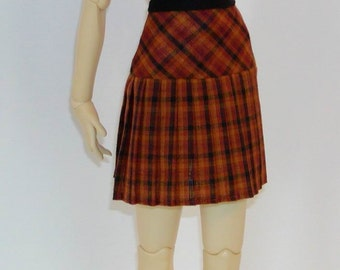 Pleated SKIRT - SD BJDs - Choose your fabric!