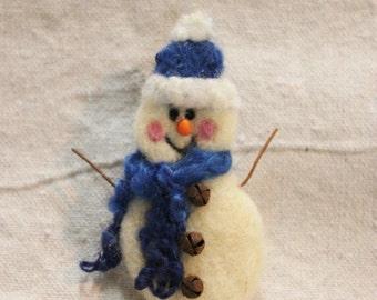 Snowman, Needle Felted Snowman Pin #1366
