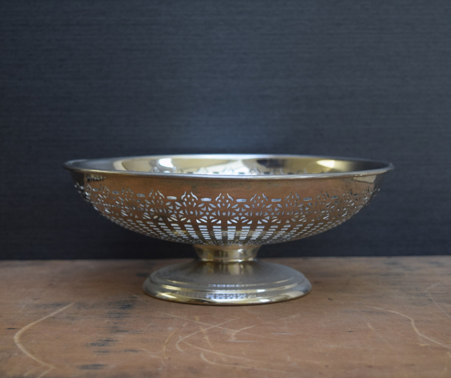 Manning bowman pierced fruit bowl footed centerpiece bowl - Footed bowl centerpiece ...