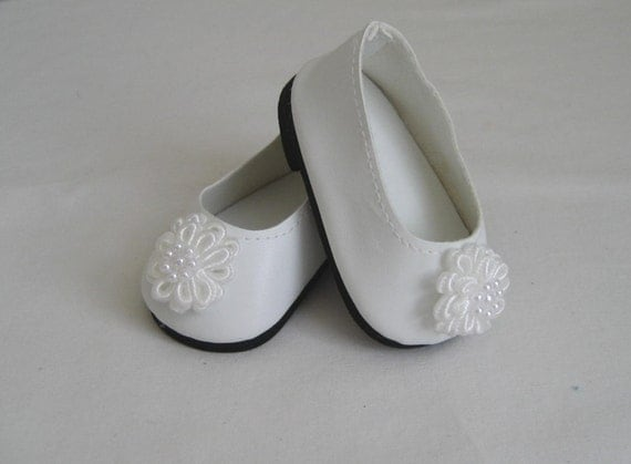 doll shoes made to fit bitty baby and bitty white shoes