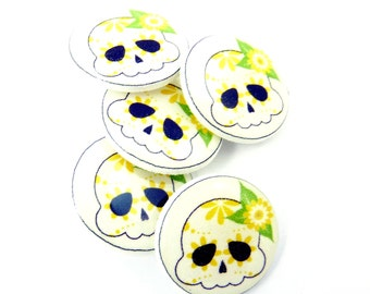 "5 Yellow, Green and Black  Sugar Skull SHANK Sewing Buttons.  Decorative Buttons.  Skull Novelty Buttons.  3/4"" or 20 mm."