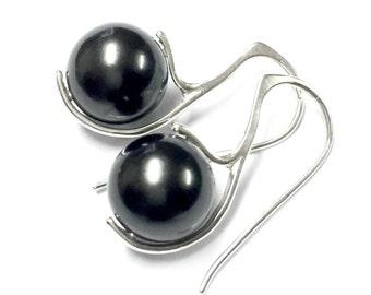 Pearl Earrings, Silver Earrings, Sterling Earrings, Tahitian Pearl, Black pearl, modern, contemporary