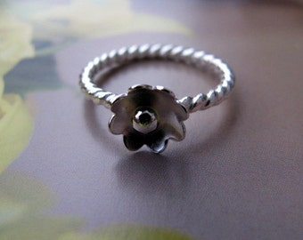 Sterling Silver Flower Ring, Small Flower Ring Size 6.5