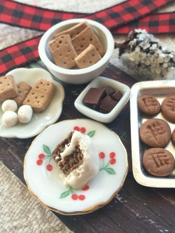 Miniature Rustic  S'mores Dessert Board-1:12 scale