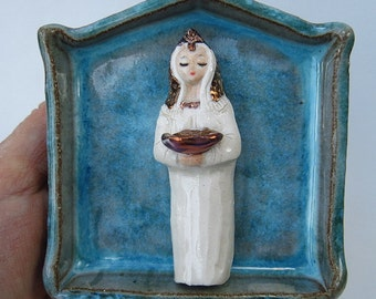 Shrine Priestess with Offering Bowl White and Gold Miniature Folk Art Ceramic Figurine Queen of Heaven