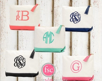 ELEVEN  bridesmaid bags , bridesmaid make-up bags, monogrammed bag, wedding bag , bridesmaid gifts , personalized bridesmaid gifts