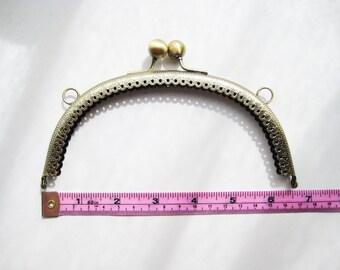 "16.5cm 6.5"" anitque brass bronze kisslock purse frame handbag snap clasp hardware sew on in hole metal bag handle fastening diy knit crochet"