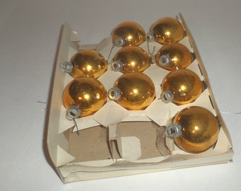 Vintage Gold Glass Ornaments - 10 Gold Ornaments - Made In USA - Christmas Tree Ornaments - Round Ball Ornaments - Metal Caps - Glass Balls