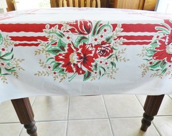 Red Tablecloth, Cottage Tablecloth, Red and Green Tablecloth, 1950s Tablecloth, Retro Tablecloth, Farmhouse Tablecloth