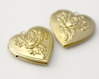 Vintage Tooled Floral Raw Brass Lockets Large Heart Lockets 29mm (2)