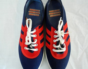 Vintage canvas tennis shoes, sneakers, 1970s, red, white and blue, size 4-5, unused