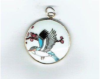 Pretty Flying Seagull     Ming China Pottery Pendant