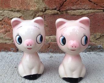 Sale! Vintage Pink Cat Salt and  Pepper Shakers