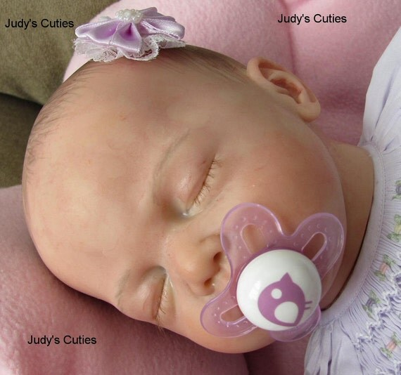 Reborn sold out baby girl Tilda, Christa Gotzen, delicate sleeping baby girl, NR