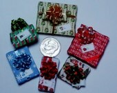 Six Assorted Miniature Christmas Packages set XP119