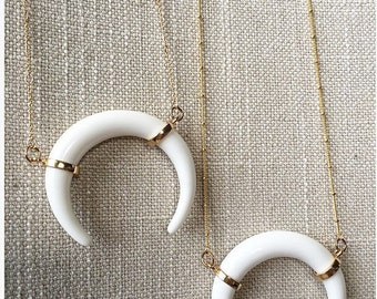 Crescant horn necklace, horn necklace, white horn necklace, boho jewelry