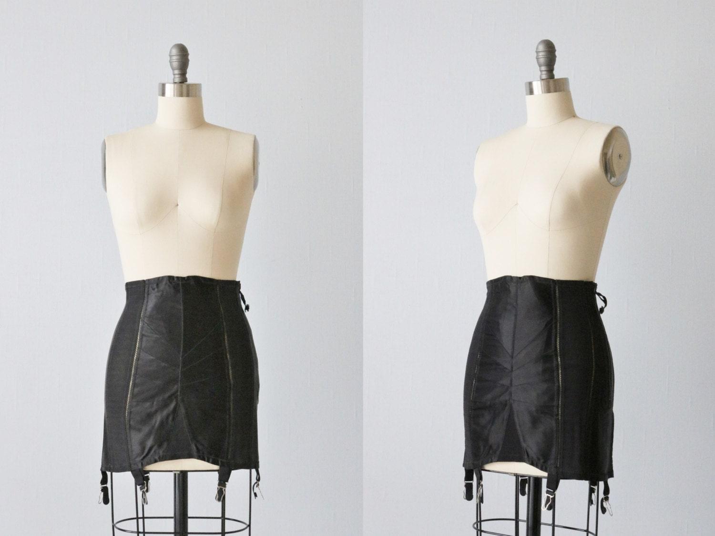 Vintage Treo Black Corset Girdle / 1940s Lingerie / Zip Up