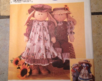 Simplicity 7142 Doll or Bunny and Clothes Craft Pattern UNCUT
