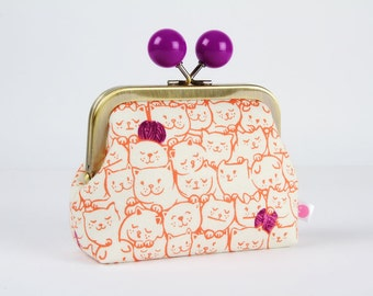 Metal frame coin purse with color bobble - Stack-o-cats in coral - Color dad / Wattsalot Cotton and steel / cute kitties / red purple / wool