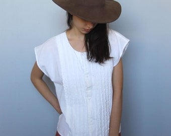 picnic lunch -- vintage cream cotton textured top S