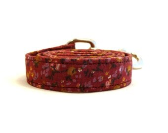 """Nowhere Flowerfield dog leash -  Mauve and yellow floral dog lead - Mauve floral pet leash - Floral pet lead - 3/4"""" wide x 3.8 foot long"""
