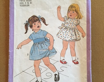 Simplicity Sewing Pattern 8448