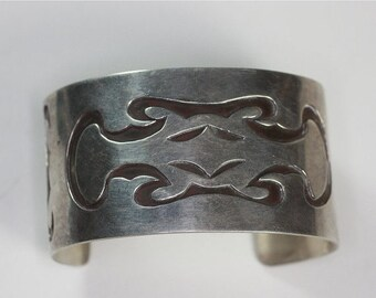 CIJ Sale Sterling Native American Style Cuff Bracelet  Abstract Design Vintage Boho Hippie