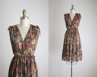 1970s autumn leaves wrap dress