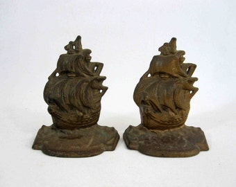 Vintage Solid Brass Nautical Ship Bookends. Circa 1960's.