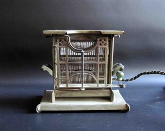 Antique 1915 Universal Electric Toaster