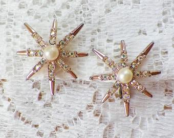 Vintage Emmons Retro Starburst Rhinestone and Faux Pearl Clip On Earrings, AB / Aurora Borealis Rhinestones, Gold Tone Metal, Bride / Bridal
