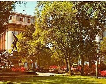 Vintage Georgia Postcard - Madison Square, Savannah (Unused)