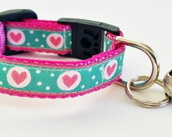 Cat Collar / Dog Collar / Teacup / Kitty Cat / Puppy / 1/2 Inch Width / Breakaway Buckle / Paisley / Handmade / Adustable / Small Dog