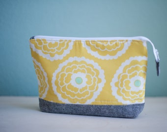 Retro Yellow Flower zippered pouch