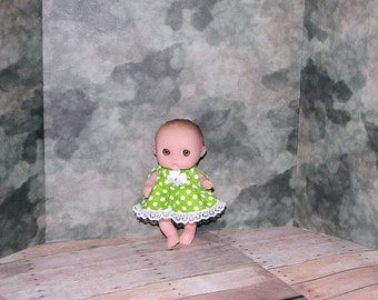 5LC1-09) 5 inch Lil Cutesies Berenguer baby doll clothes, 1 pretty dress with panties