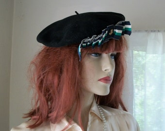 1930s Authentic Vintage Black Wool Beret with Ribbon and Anchor Pin Trim One Size Great Cond Bonnie Parker
