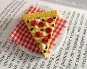Pizza Slice Brooch - Pepperoni, Onion, Black Olive - Food Jewelry - All the Delicious Things - Food Lover